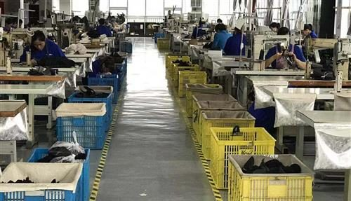 China Sourcing Agent Find Shoe Factory - Import Export Service Company Buy Sneakers from Guangzhou Footwear Manufacture Vendors
