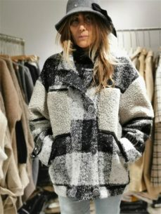 Shopping Discount Wool Coat For Israel Boutiques - China Market Vendors