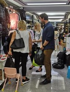 Wholesale Sourcing High Quality Apparel Samples To Netherland Business