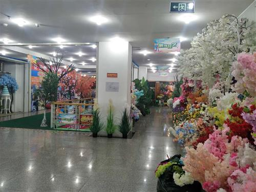 Fashion artificial flowers for wedding decoration and furniture product accessories of home office and hotel
