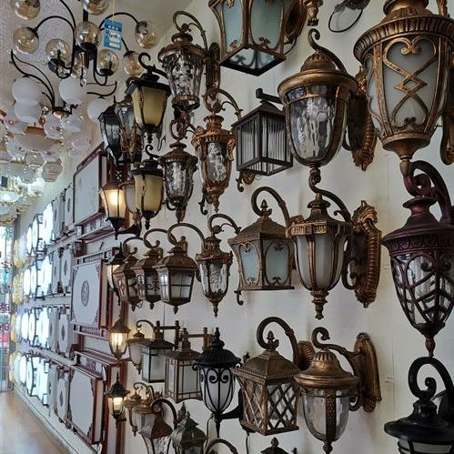 Lighting accessories or readymade stock lamp products - Sourcing buying in China wholesale markets