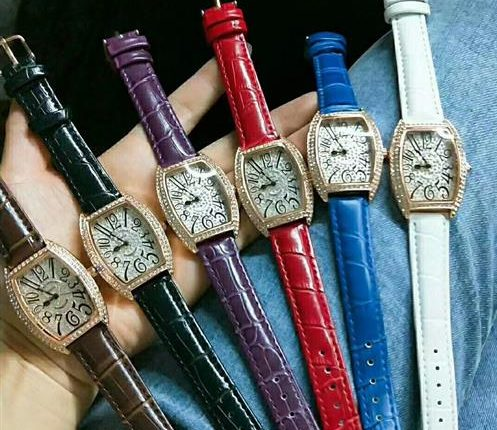 Luxury accessories products for fashion clothing - high quality watches unique designs buy bulk from China wholesale stores