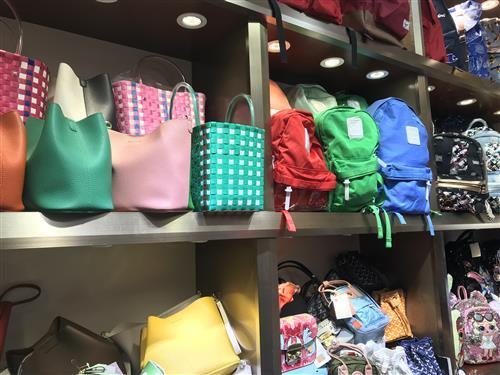What's Featured Accessories Products Buy From Guangzhou Market Stores With China Export Agency