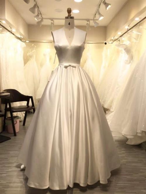 Guangzhou Wedding Supplies Market - Wholesale Buy Fashion Clothing