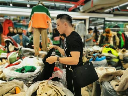 Why Fashion Brand Companies Buy Bulk From China Market With Export Trade Agent